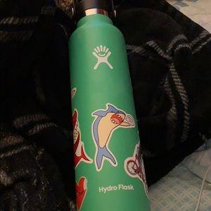 Hydro Flask Other - 24 oz hydroflask